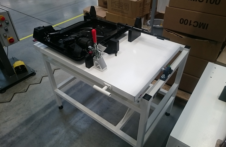 backrest mounting table with turntable