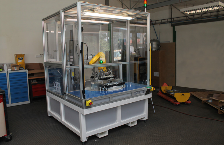 Machine is built on a robust welded frame. Working area of the operator is secured via safety light curtains.